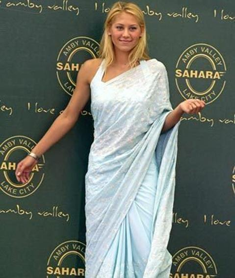 The India Expert » The Sari and Western Women