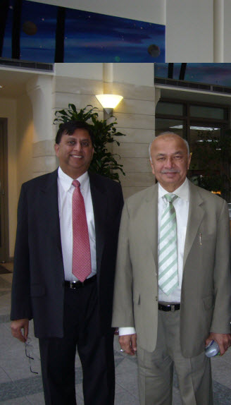 India's Union Power Minister SK Shinde (right) and Gunjan Bagla